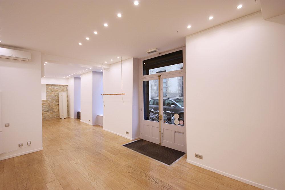 showroom-galerie-pop-up-a-louer-paris-marais-place-des-vosges-rue-de-turenne