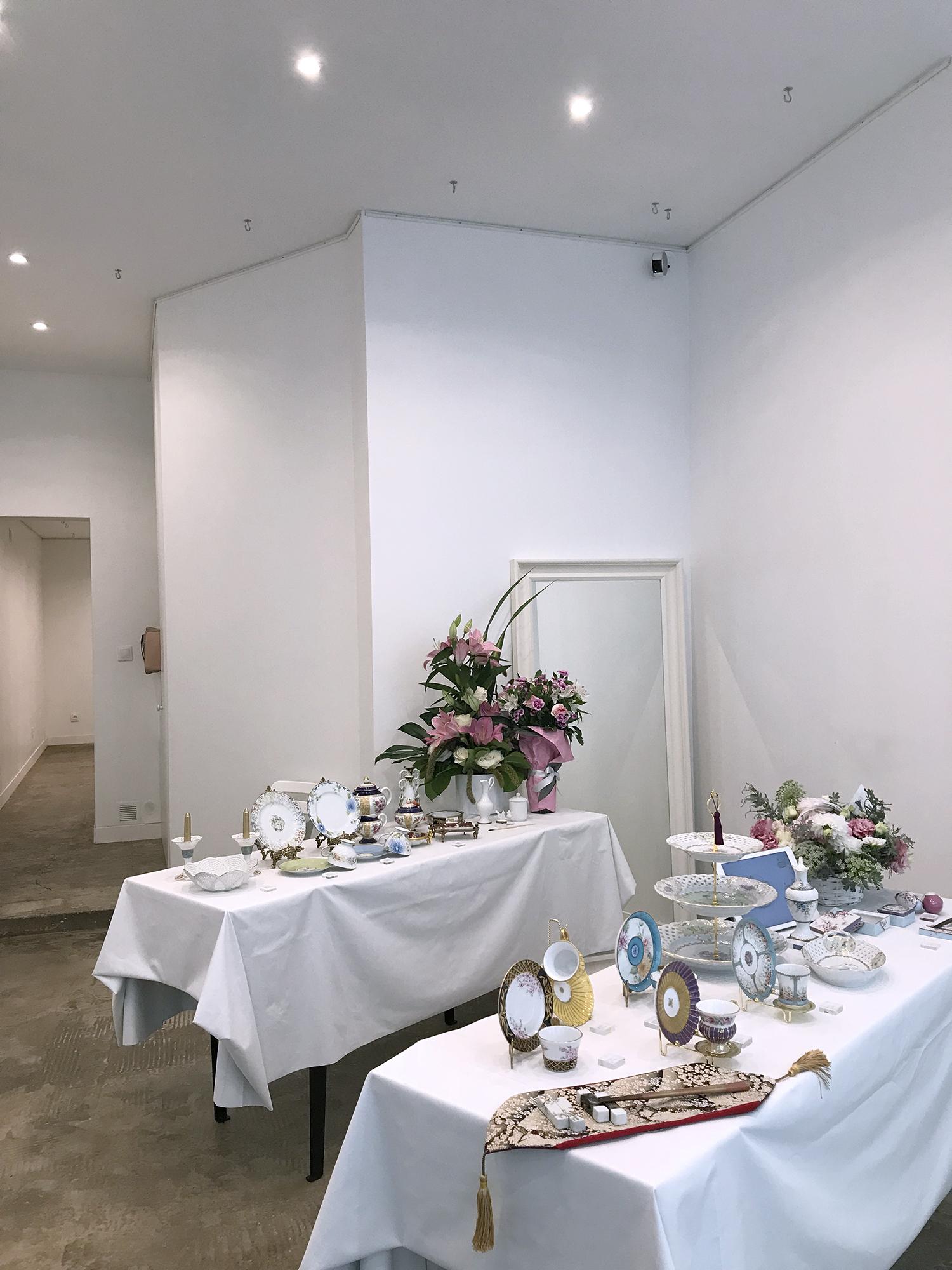 Pop up art exhibition Paris Marais