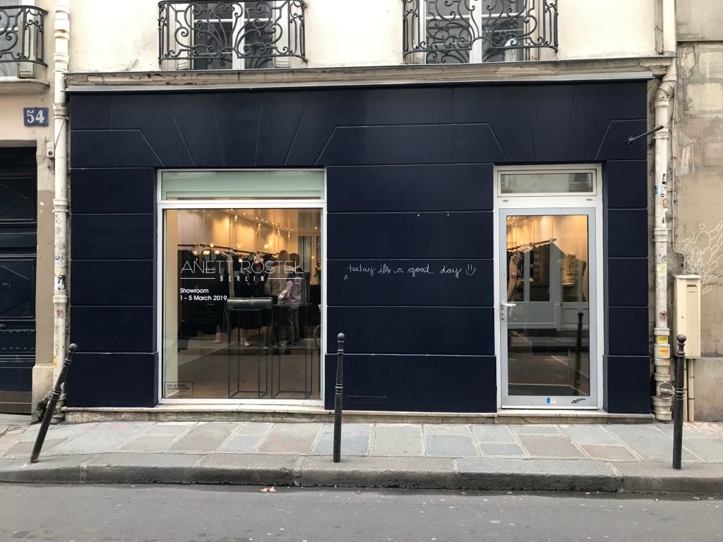 Paris showroom rental rue Charlot Fashion Week