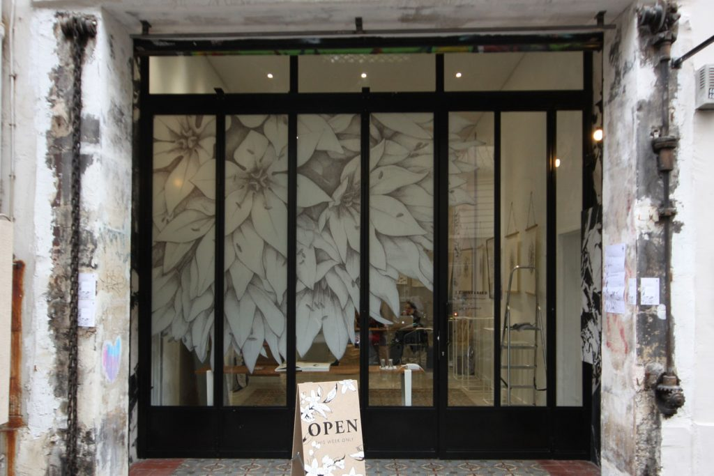 Location boutique rue de turenne paris pop up store